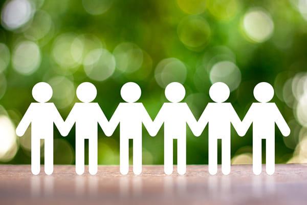 周辺資格の保有、他士業との連携